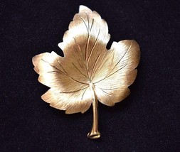 Mamselle Maple Leaf Brooch Coat Sweater Pin Signed Mid Century Costume J... - $13.99