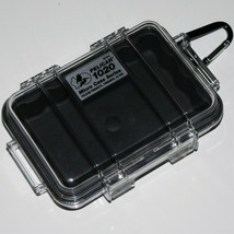 PELICAN 1020 ~ MICRO CASE SERIES ~ BLACK ~ WITH CARABINER ~ Very Good Co... - $19.79