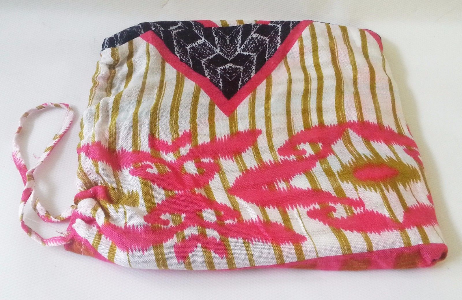 "STELLA & DOT Scarf Union Square GEO IKAT Med Weight Viscose 38"" x 70"" With Bag"