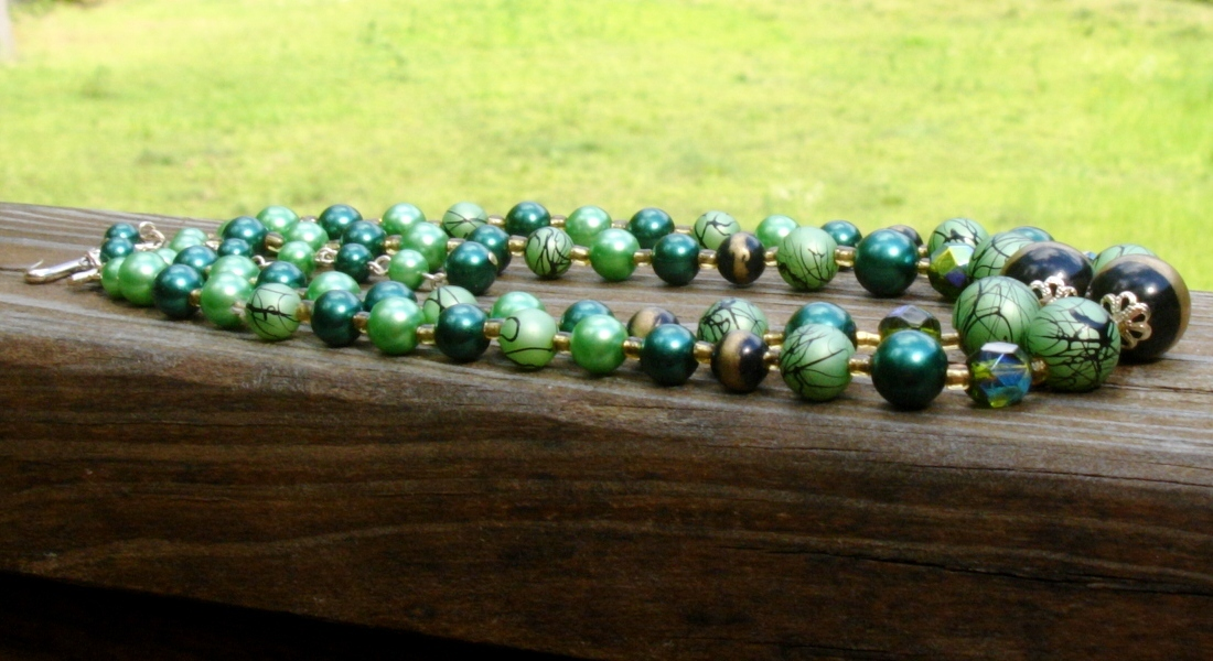 Vintage Triple Strand Green Art Bead Faux Pearl Necklace, Signed Japan