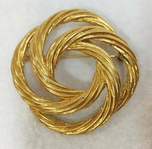 Brooch Pin Monet Interlocking Circles Cable Knot Round Gold Tone Metal V... - $9.89
