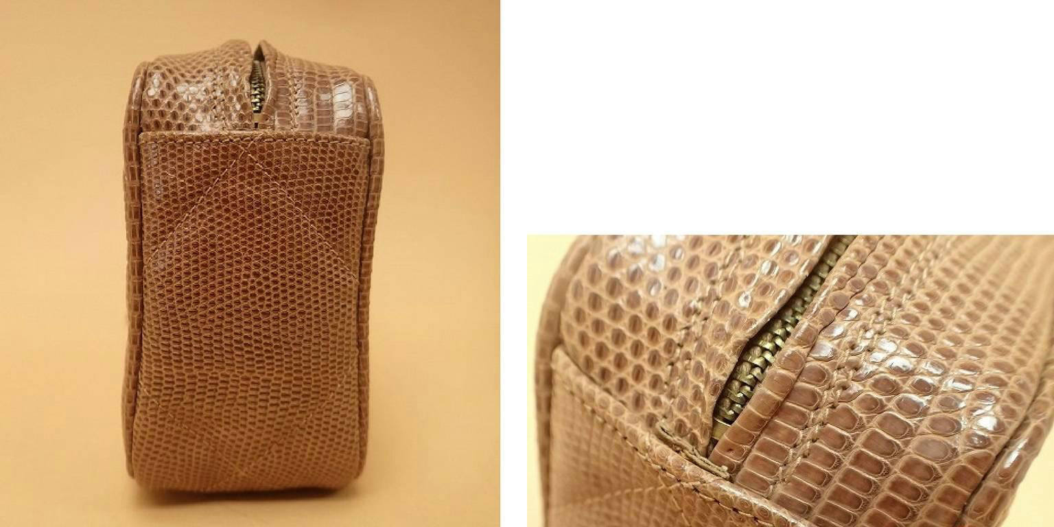 fe1ce0e0154c Vintage CHANEL cocoa brown lizard camera bag type clutch bag with fringe  and CC