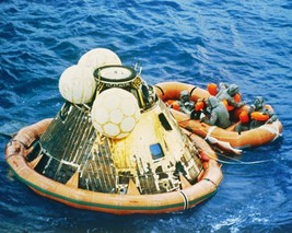 Recovery of Apollo 11 astronauts and spacecraft after splashdown -New 8x... - $6.61