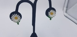 Vintage White & Yellow Daisy Flowers With Green Enamel Coating Clip On E... - $9.62