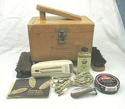 Vintage Ronson Shoe Shine box with accessories Model P - $12.44