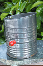 BROMWELL'S ~ Vintage 1950s Collectable 5 Cup Metal Measuring Sifter ~ SH... - $19.99