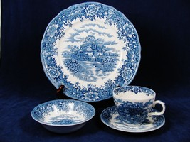 VTG Old Staffordshire Salem China 4 Pc Plate Sa... - $37.61