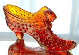 Fenton Art Glass Orange Slice Hobnail Cat Slipper Shoe Figurine 3995OR - $22.50