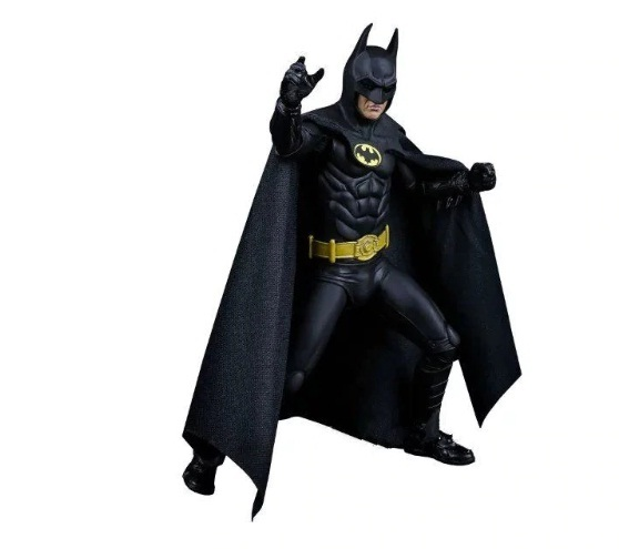 NECA 1989 Batman Michael Keaton 25th Anniversary PVC Collection Figure