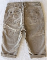 SILVER Jeans Sale Buckle Mid Rise Gwen Relaxed Tan Khaki Shorts Bermuda ... - $19.97
