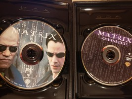 The Matrix / The Matrix Revisited (The Gold Edition) DVD image 2