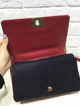 AUTHENTIC CHANEL RED SMOOTH CALFSKIN LEATHER MEDIUM BOY FLAP BAG ANTIQUE GHW image 4
