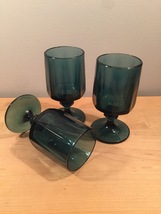 Denim blue goblets set of 3 made by Colony/Indiana Glass in the Nouveau pattern image 5
