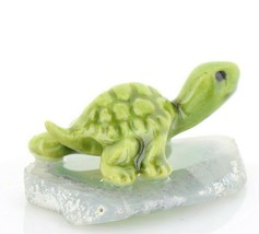 Stepping Stones Fairy Garden Miniature Green Turtle on Sliced Quartz Base #2722 image 1