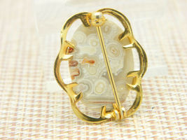 Gray Tan White Orange Agate Oval Gold Tone Pin Brooch Vintage image 3