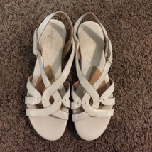 Naturalizer Women's Leather Sandals 8M Gently Used - $20.00