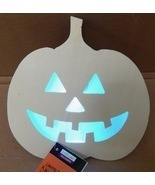 "Halloween LED Flash Lighted Plaque Wood Craft Creatology 7"" x7 1/2"" Pump... - $7.49"