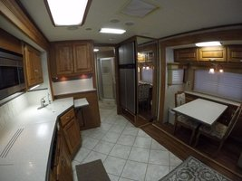 2006 Holiday Rambler Endeavor 40PDQ For Sale In Benton, AR 72019 image 7