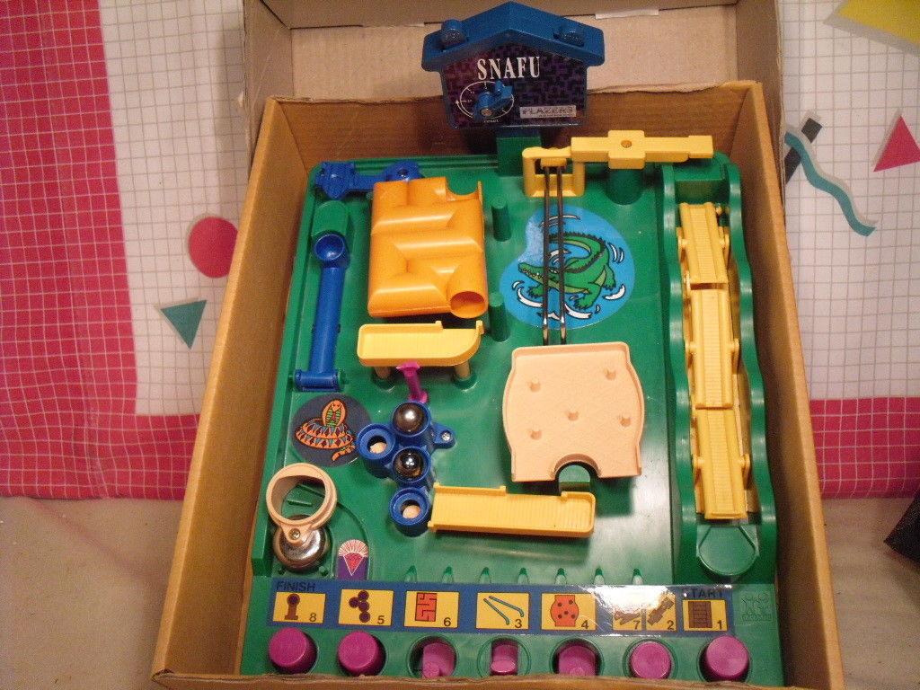 1991 TOMY SNAFU - Maze Board Game image 2
