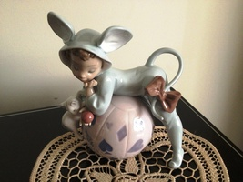 Lladro ~ Mischievous Mouse #5881  retired ~ Mint Condition ~ 1 of a set ... - $350.00