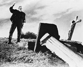 Boris Karloff 16X20 Canvas Giclee In Grave Yard Looking At Cross Of Jesus - $69.99