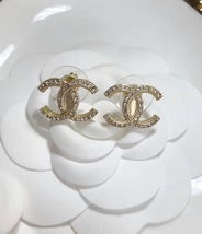 AUTHENTIC CHANEL Large Crystal CC Logo Stud Gold Earrings Classic