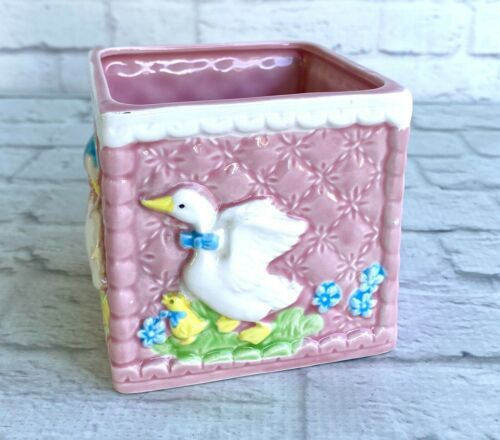 Vintage Inarco Square Pink Planter Ceramic Geese Quilted Look Nursery 1985 Japan - $11.87