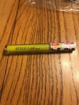 STYLE LAB By Fashion Angel Illuminating Light Up Lip Gloss CHARTREUSE - $14.83