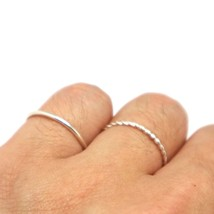 Sterling Silver Twisted Ring - £9.22 GBP