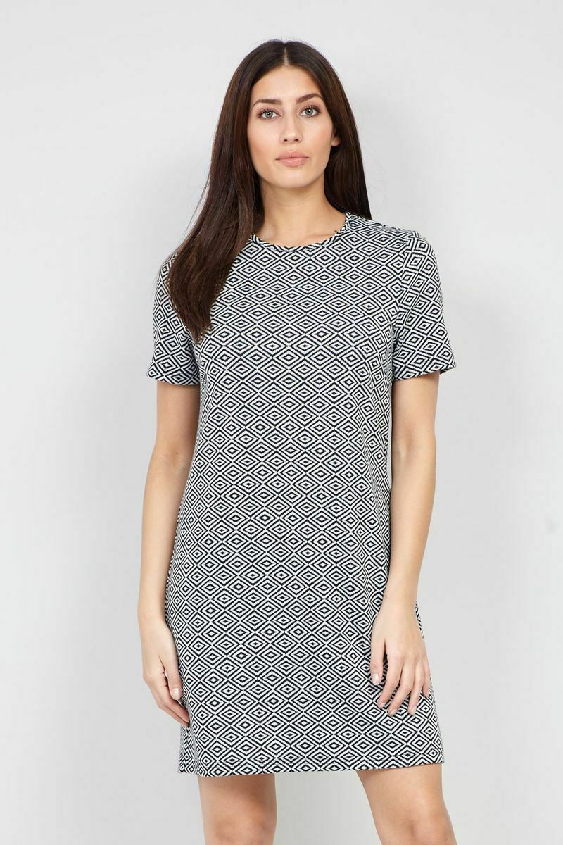 Primary image for STELLA MORGAN GEOMETRIC PRINT SHORT SLEEVE MIDI SHIFT DRESS WHITE 10