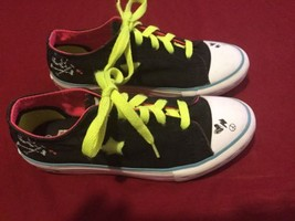 Converse shoes Girls Size Junior 2 Converse One Star sneakers sport tenn... - $34.59