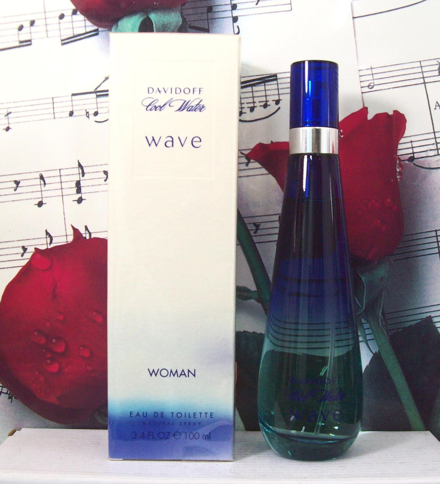 Primary image for Davidoff Cool Water Wave Woman EDT Spray 3.4 FL. OZ. NWB