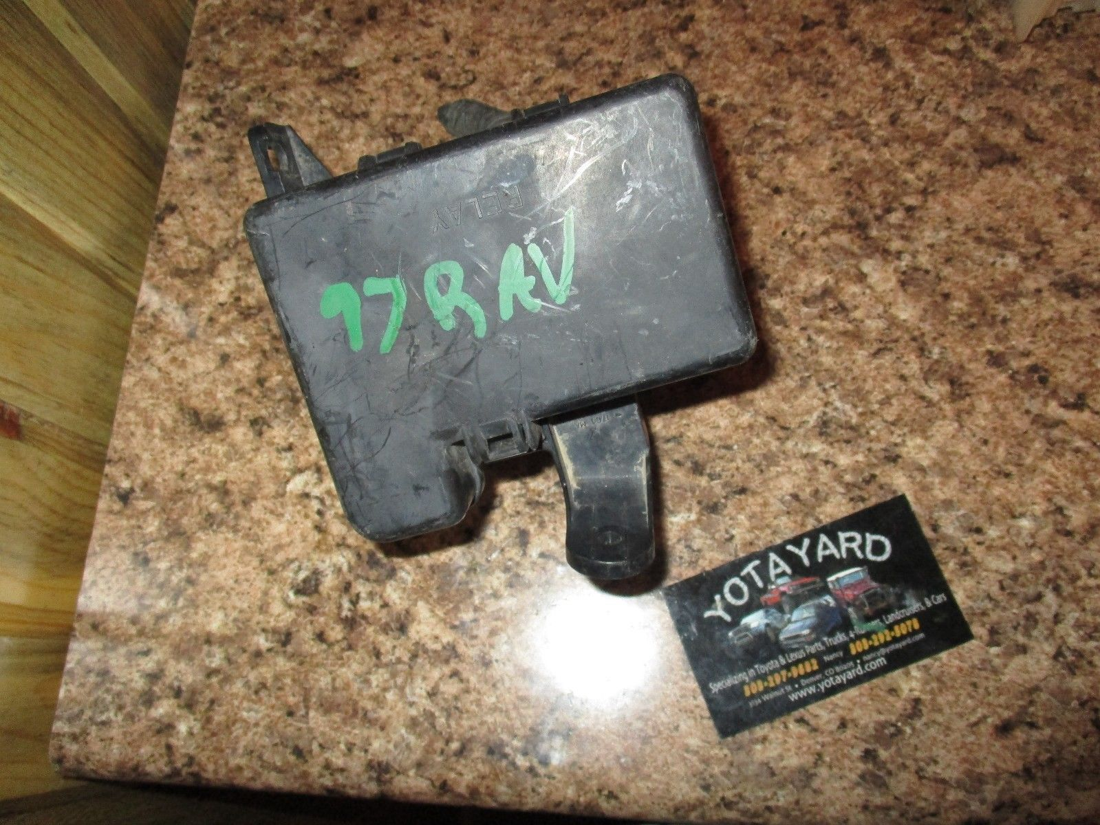96 97 Toyota Rav4 Engine Relay Fuse Box And 50 Similar Items S L1600