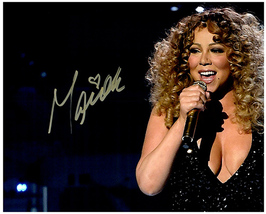 MARIAH CAREY  Authentic Original SIGNED AUTOGRAPHED PHOTO w/ COA 251 - $85.00