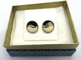 """E137) Vtg 1980 Avon """"The Spectaculars"""" Goldtone Spectator Style Earrings - $4.04"""