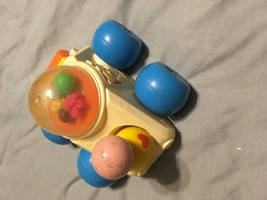 Vintage Fisher Price Corn Popper Poppity Push Car Vehicle #1011 Quaker O... - $10.30