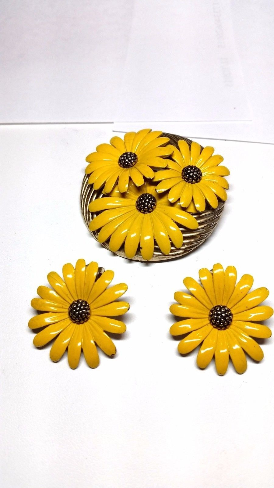 Gorgeous Yellow Enamel Sunflower Pin Vintage clip on Earrings