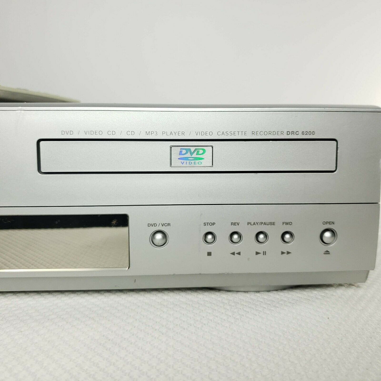 RCA DRC6200N Video Cassette Recorder VHS DVD Player Combo Tested Working Remote