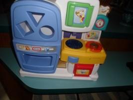 "VTG Little Tikes PLAY Kitchen REFRIGERATOR STOVE MICROWAVE SINK.15X14"" L... - $21.97"