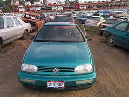 1994 Volkswagen Golf Front Cv Axle Shaft Left At - $65.84