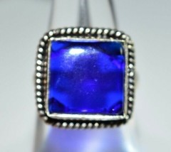 VTG .925 Sterling Silver Dark Blue Glass Cabochon Ring Size 6.75 - $39.60