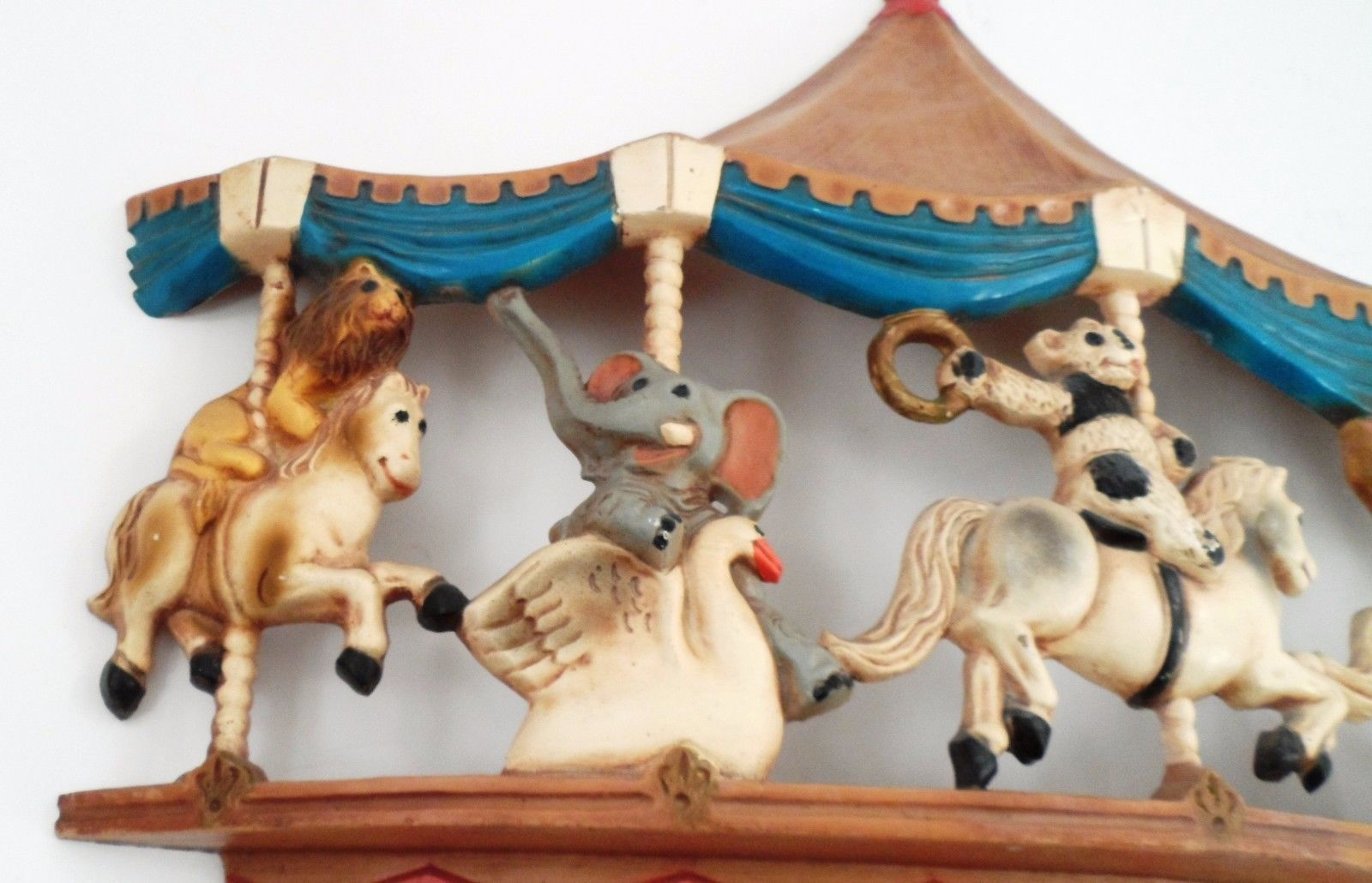 1979 Homco Universal Statuary Circus Animals Carousel Wall Hanging Brass Ring image 6