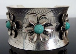 Floral Statement Bracelet Women Jewelry Southwestern Style Silver Turquoise Blue - $16.50