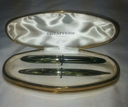 Striated Green Sheaffers 350 Pen Set With Original Clam Shell Box - $188.17
