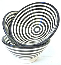 Moroccan Hand Painted Medium Ceramic Black Striped Safi Bowls Set of 3 - $338,64 MXN