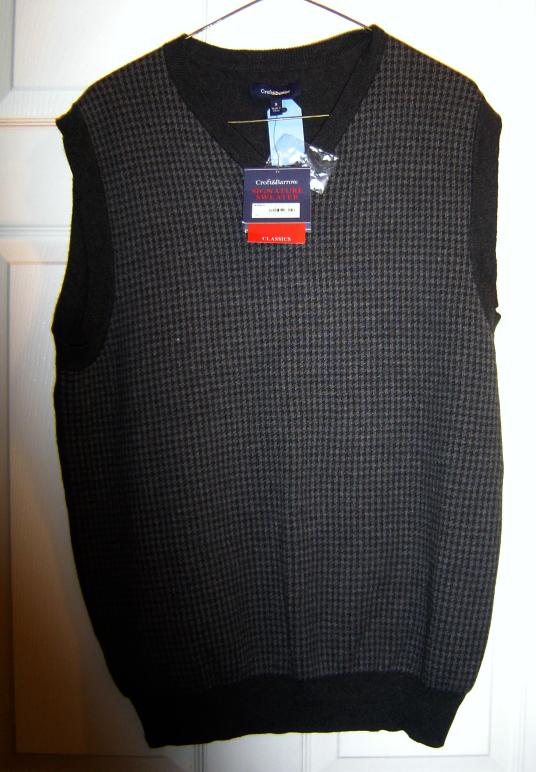 Croft & Barrow Mens Classic Signature Sweater Vest  Size Small Dark Grey NWT