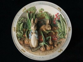 PETER RABBIT 3-D musical collector plate A POCKET FULL OF ONIONS Beatrix... - $35.00