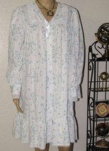 Vintage Willow Creek Blue/White Floral Multi-Color Button Front Nightgown - $28.04