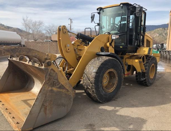 2017 CAT 930M FOR SALE IN Lake Isabella, CA 93240