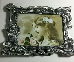"""Ornate Metal Picture Frame 8X6"""" Photo 5 X3.5"""" Glass Cover Pewter Color  B24 - $13.61"""